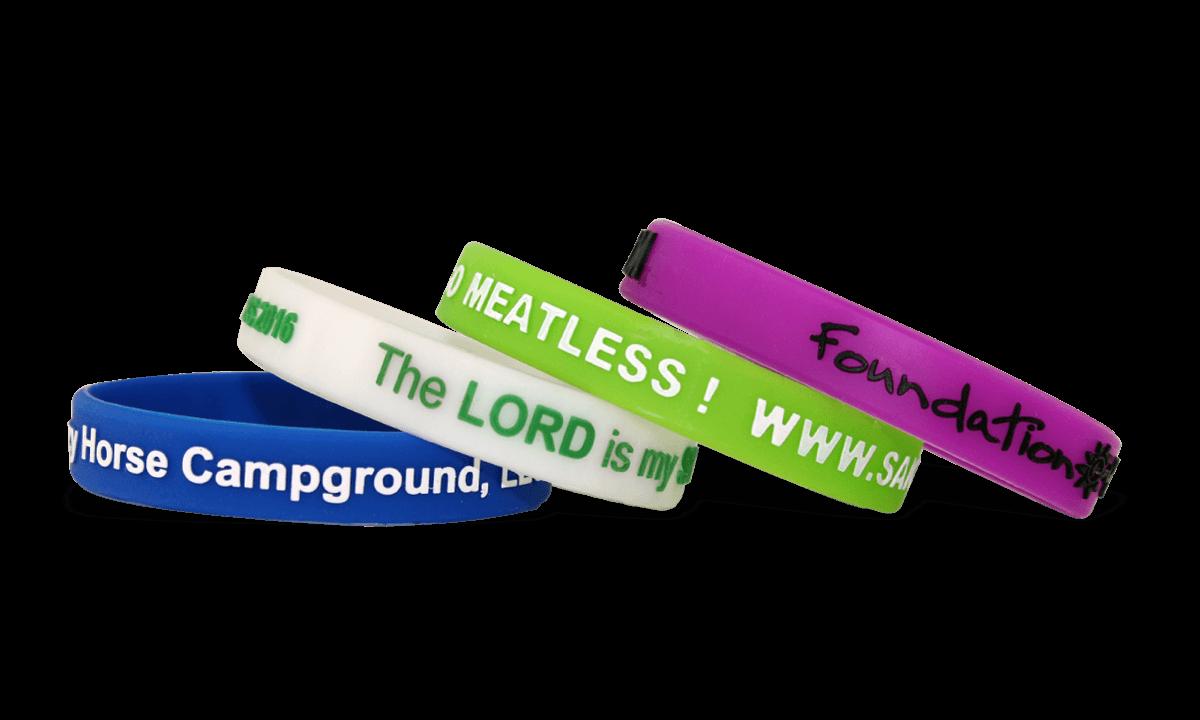 Bracelets en silicone en relief et imprimés, taille moyenne / jeune
